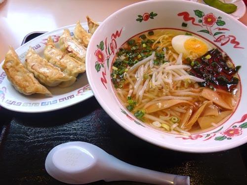 12朝ラーメン餃子セット