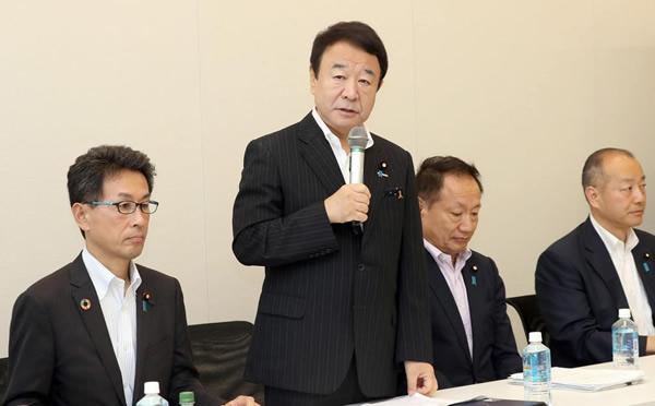 日本の尊厳と国益を護る会、幹事会・総会合同会議で発言する青山繁晴代表幹事=2日午後、国会内