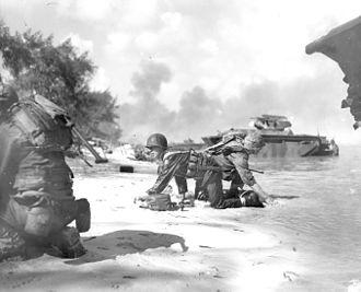 330px-Two_Marines_keep_down_low.jpg