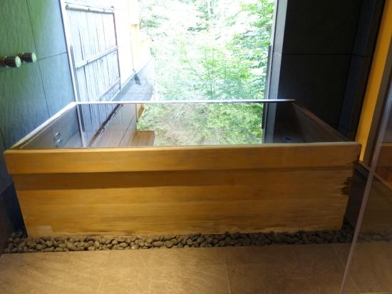 部屋風呂1