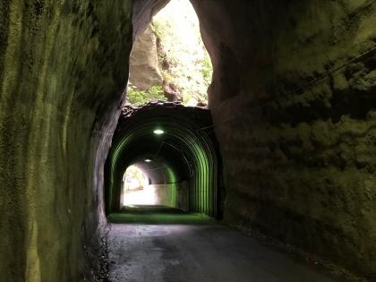 向山トンネル 3