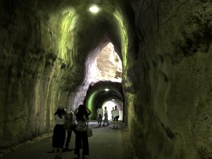 向山トンネル 4
