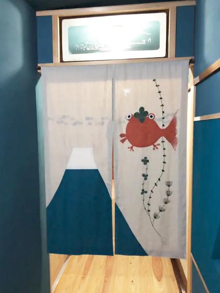メイン暖簾5