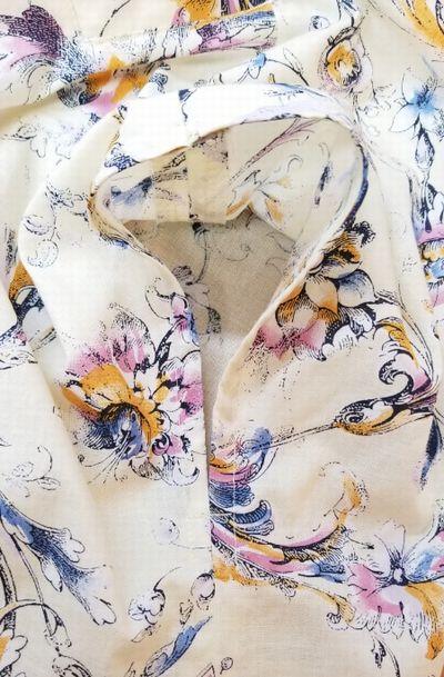 花柄ブラウスVネック袖ぐりお直し10