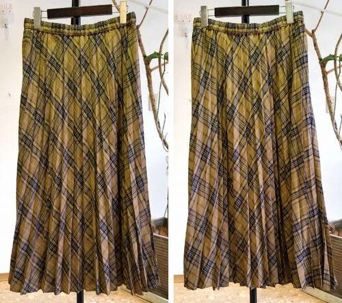 チェックプリーツスカート2