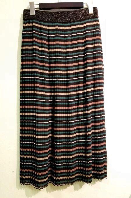 ボーダープリーツスカート2