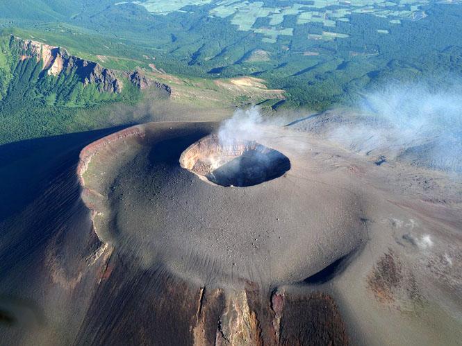浅間山から9km地点に設営完了・現地でしか知り得ない噴火の実感を伝えます