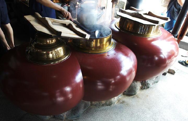 赤福の茶釜-251