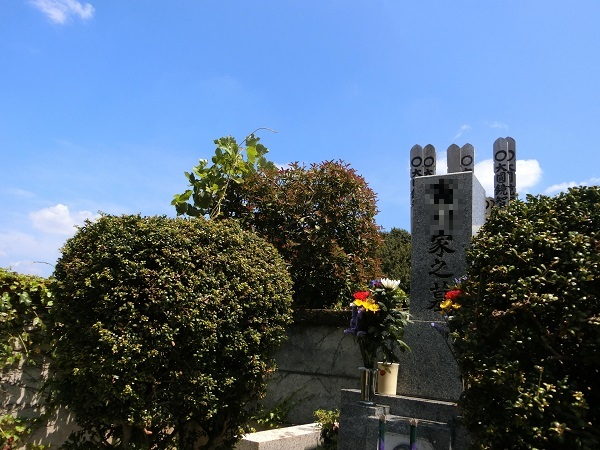 梅洞寺墓所