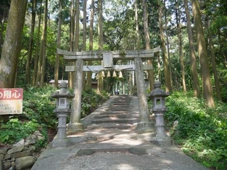 岩屋神社山門