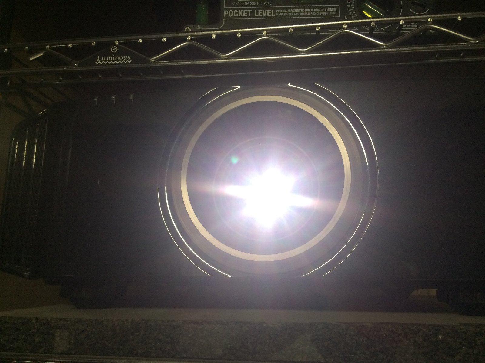 DLA-X75R 02 映写