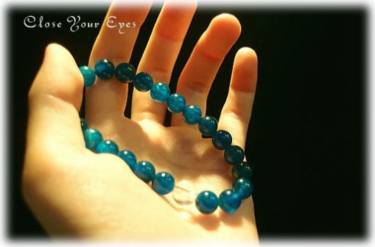 blog-realblue-apatite02.jpg