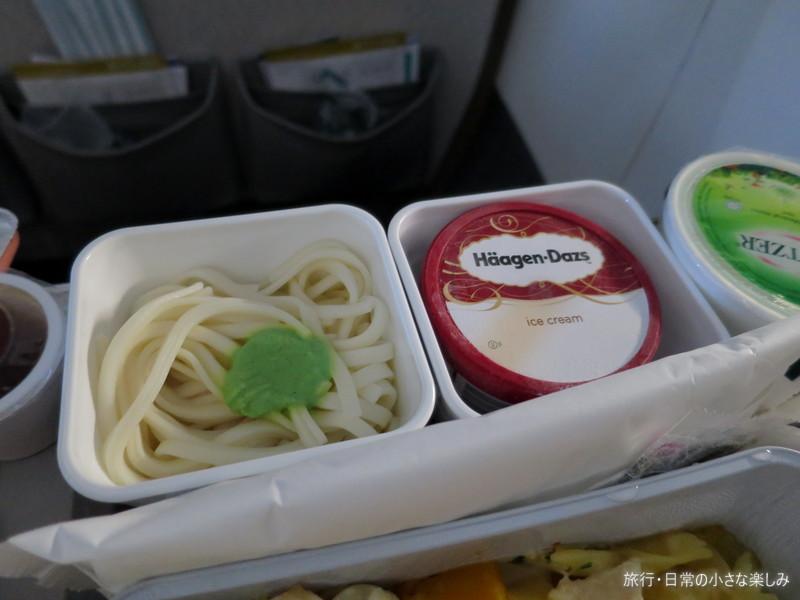 CX506 機内食 香港 関西 ハーゲンダッツ