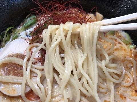 白ゴマ担々麺4