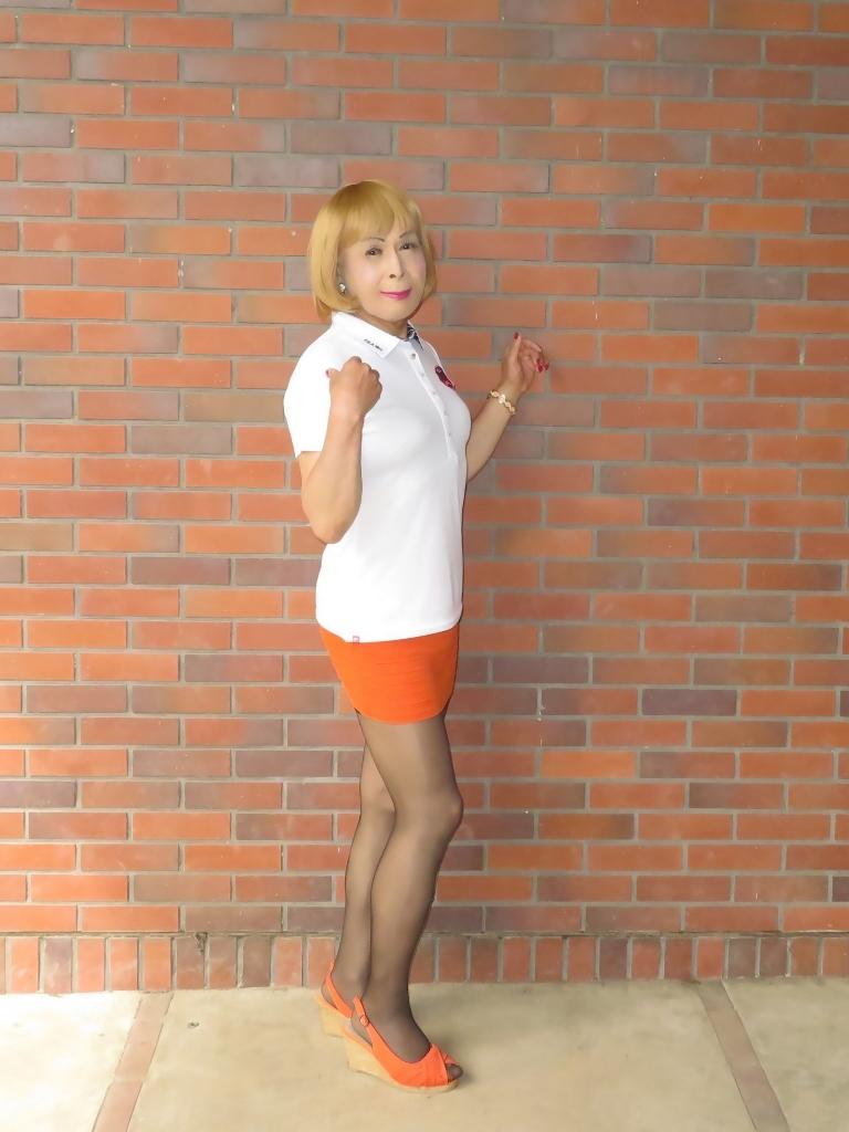 白ポロシャツ橙マイクロミニA(2)
