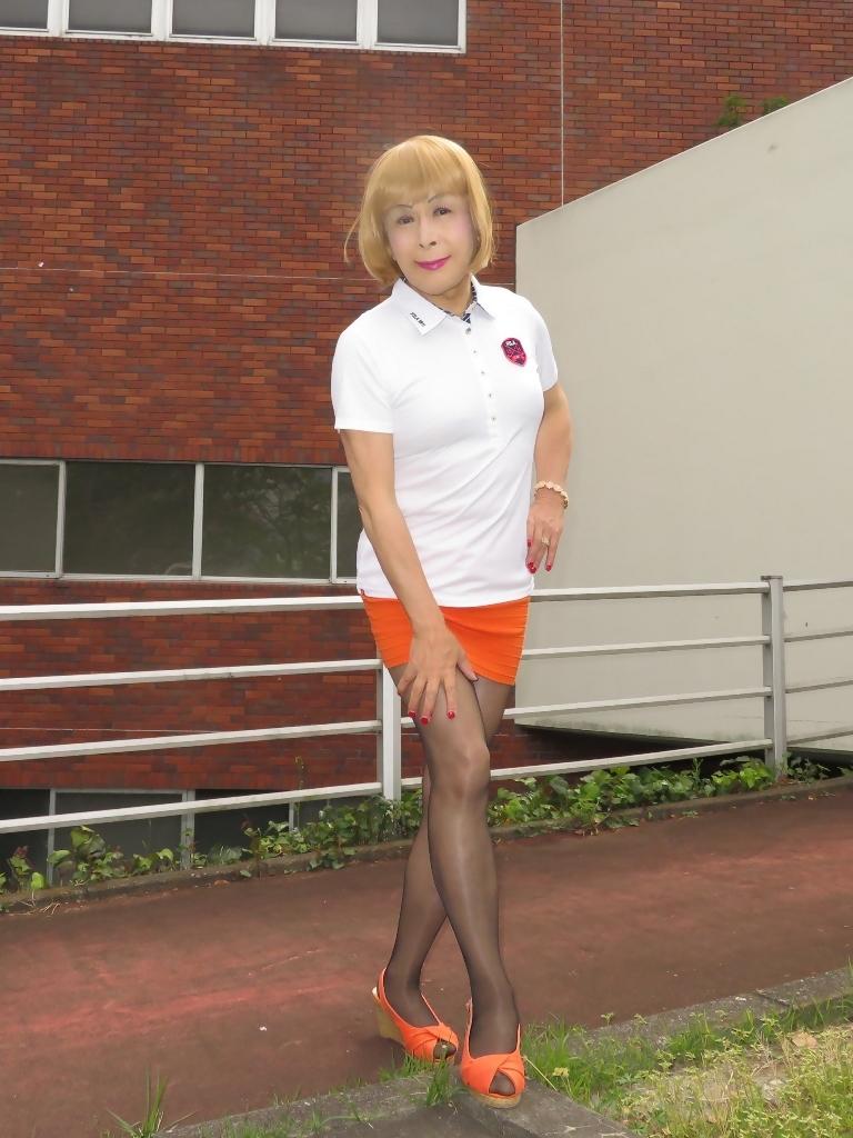 白ポロシャツ橙マイクロミニA(7)