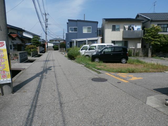 米泉前面道路➀