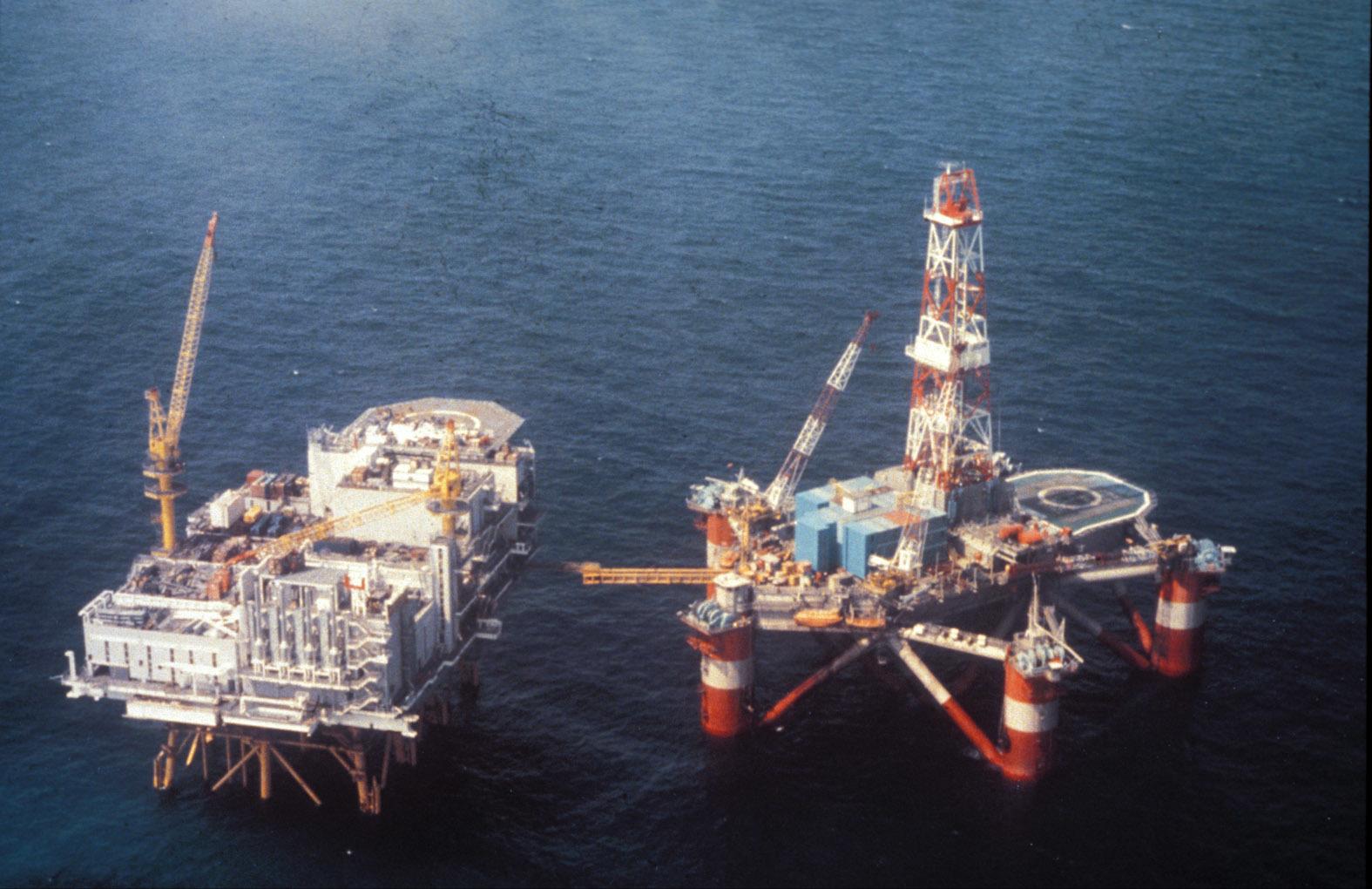 石油プラットフォーム-5