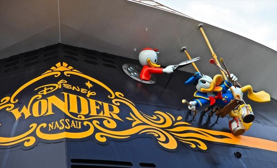 Disney_Wonder-2.jpg
