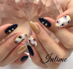 小花柄ネイル