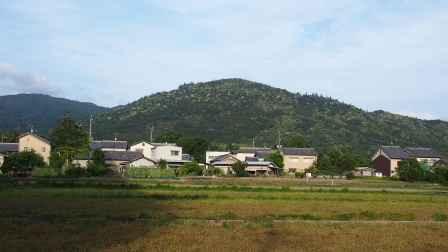 三輪山全景