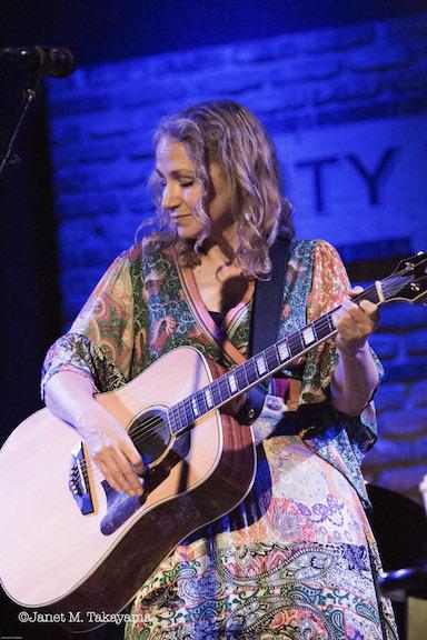 Joan Osborne1