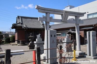 下新田稲荷神社(三郷市高州)1