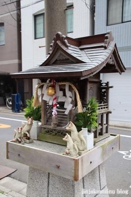 稲荷社(台東区元浅草)2