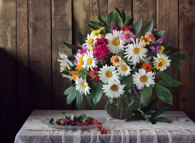 summer-still-life-with-bouquet-berries-table-with-tablecloth_92795-774.jpg