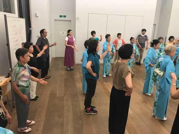 雷門盆踊り練習会風景