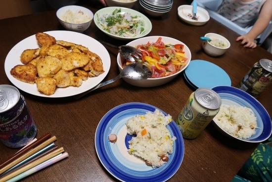 むすめご飯 炊き込みピラフ、鳥のチーズ焼、生タコサラダ、生ハムのマリネ