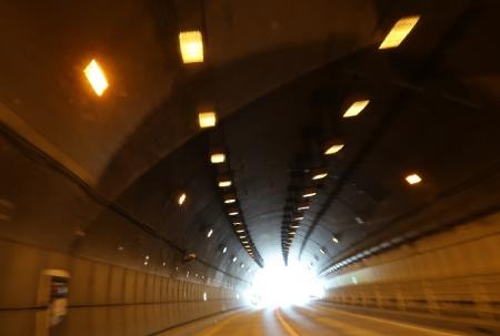 山梨 身延トンネル