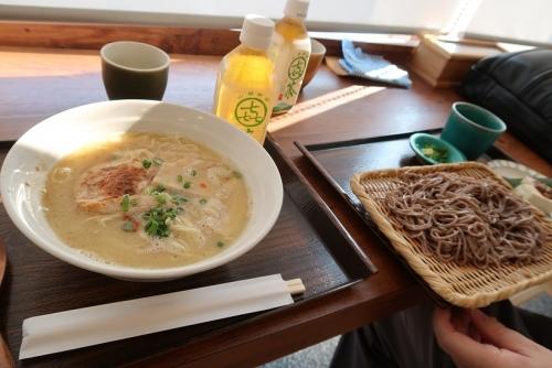道の駅『なんぶ』焼津鮪節ラーメンと田舎そば