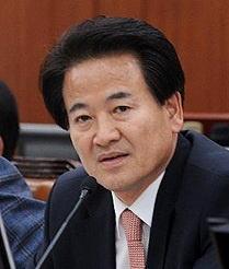 [韓国の反応]鄭東泳民主平和党代表「すべての責任は文在寅政権参謀の無能のなせる業、米国に仲裁頼むべき」「我が国はもはやレッドチームに入れられてベネズエラの後を追う運命なんだよ」の声