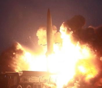 [韓国の反応]日本政府、北朝鮮新型ミサイル探知できず-共同「GSOMIAなど必要ない。俺達はNHKニュース速報でみればいいんだから」