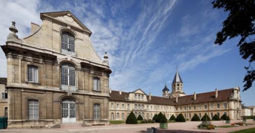 bh-abbaye-de-cluny-batiment-conventuel_convert_20190628083825.jpg