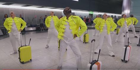 空港のダンス
