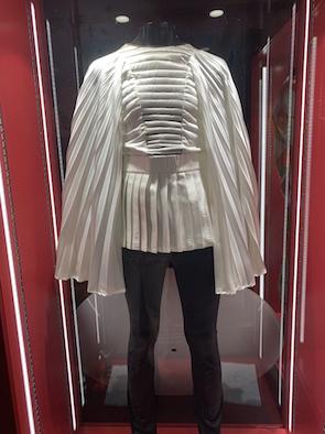 ブライアンの衣裳