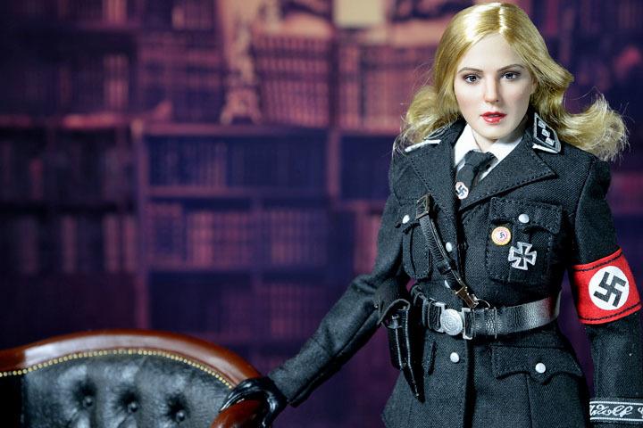 Female SS Officer 0007
