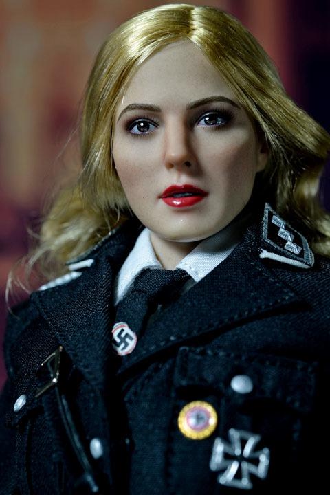 Female SS Officer 0008