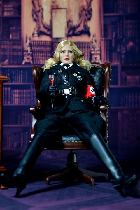 Female SS Officer 0011