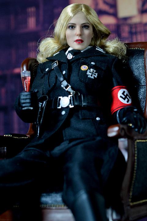 Female SS Officer 0010