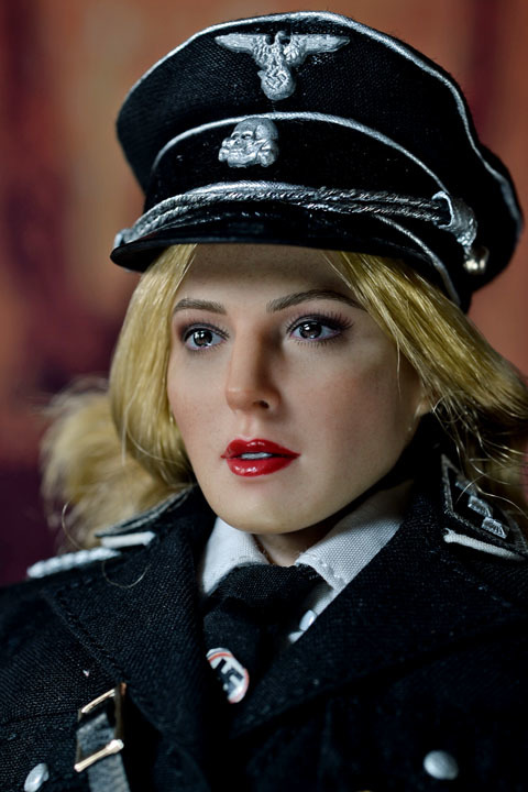 Female SS Officer 0016