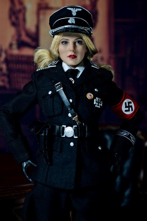 Female SS Officer 0015