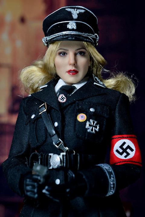Female SS Officer 0018