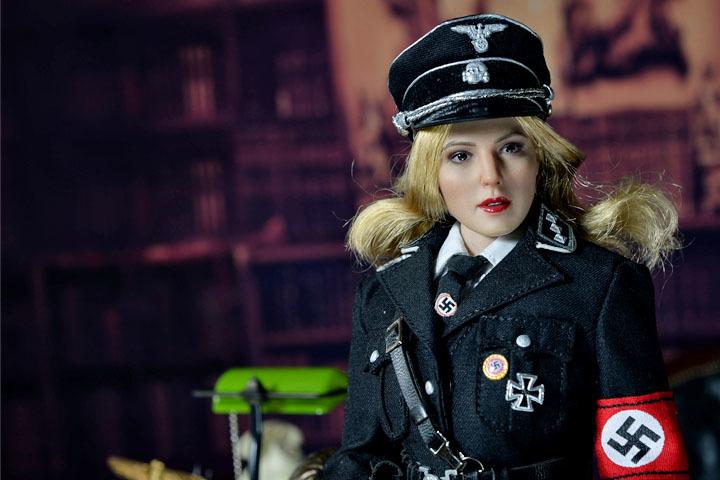 Female SS Officer 0020