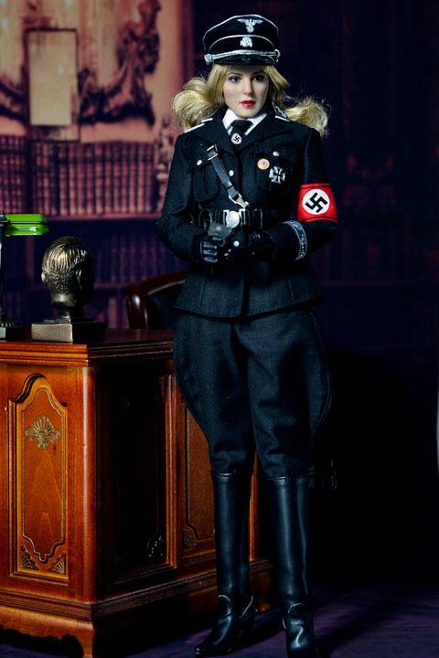 Female SS Officer 0019