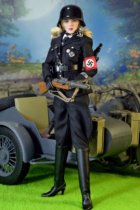 Female SS Officer 0023
