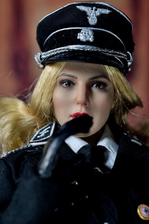 Female SS Officer 0028