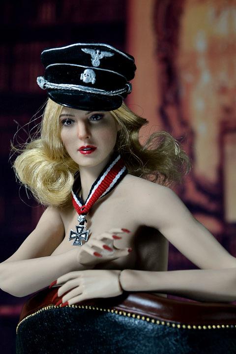 Female SS Officer 0029